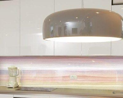 מטבח זכוכית פסים